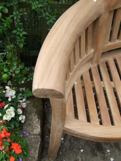 Curved Teak Garden Bench - Bali