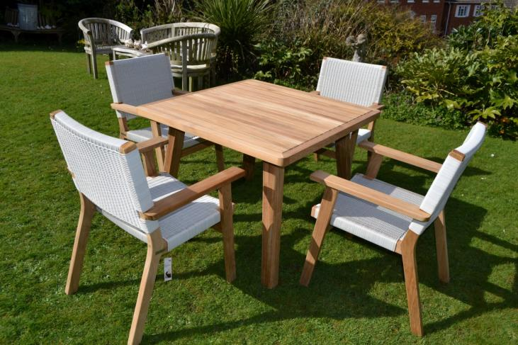 Rehau® weave and Teak designer garden set