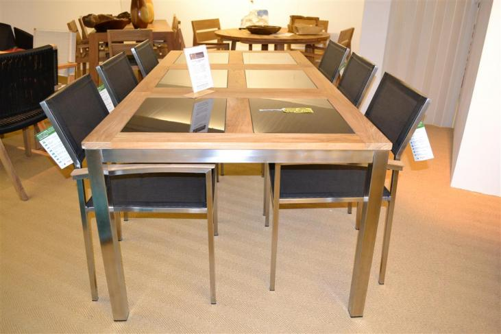 8 Seater Provence Teak/Stainless Steel/Glass Outdoor Set Showroom Clearance