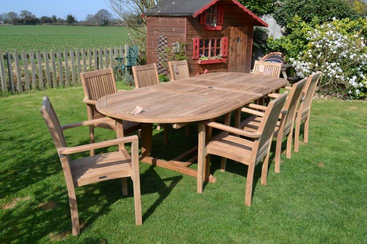 8 - 10 seater teak garden set