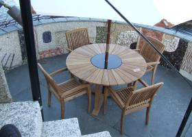 4 Seater Teak/Granite Round Garden Set