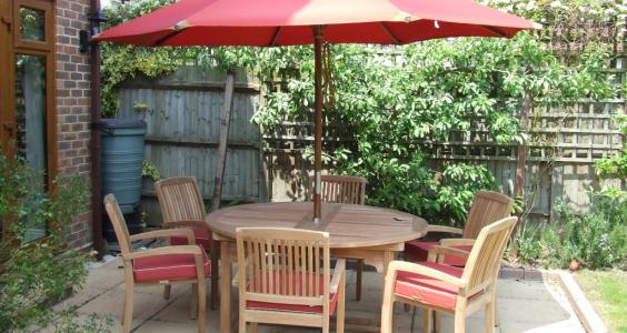 Customer sent photo of the Aruba set with Sorrento chairs